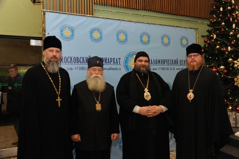 Митрополит кирилл совершил освящение паломнического центра при монастыре на ганиной яме