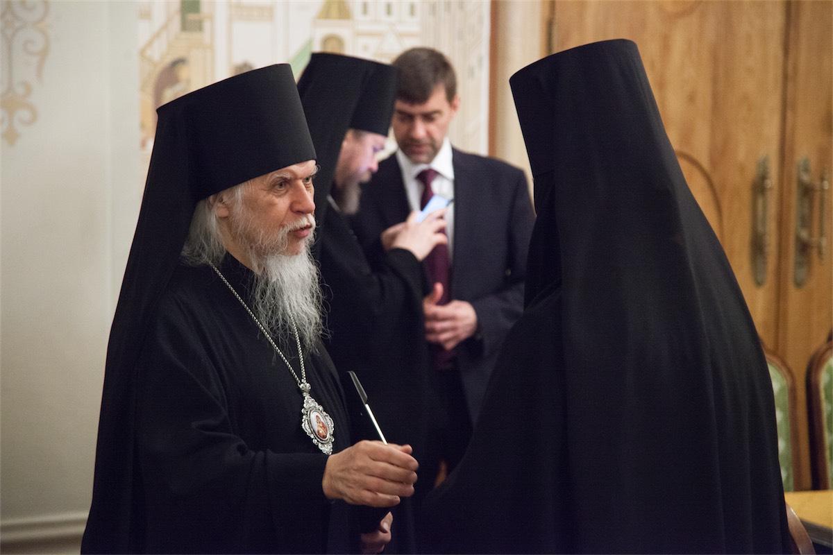 Епископ Орехово-Зуевский Пантелеимон, игумения Иулиания (Каледа)